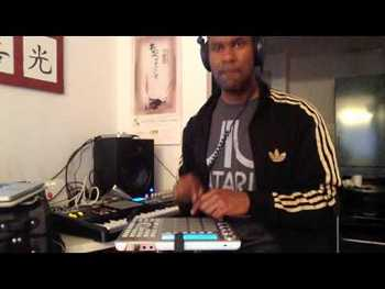 David Fingers on the Akai MPC Studio - Some Smooth Vibes video