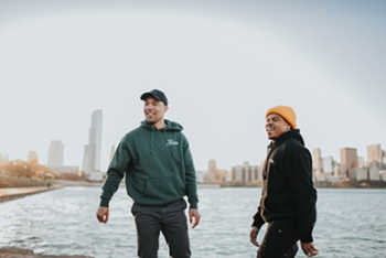 James The Mormon feat. Taylor Bennett - Holiday video